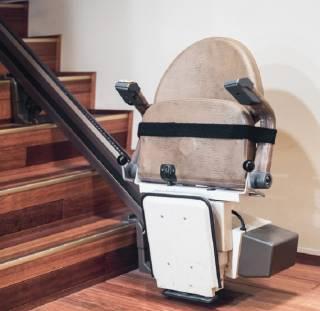 Treppenlifte mit Gleitschiene