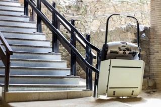 Treppenlifte für Rollstühle